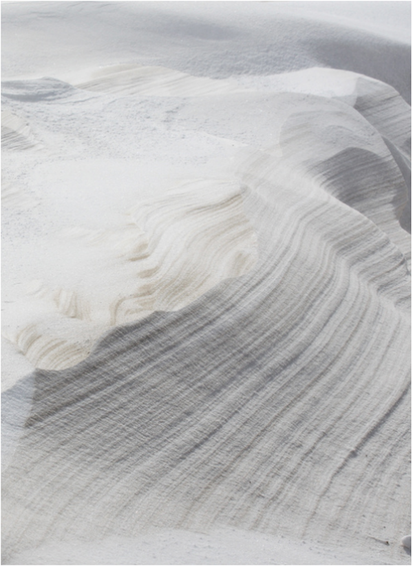 Natural Striations creating a winded and weathered effect. Image sourced from minimaliste.